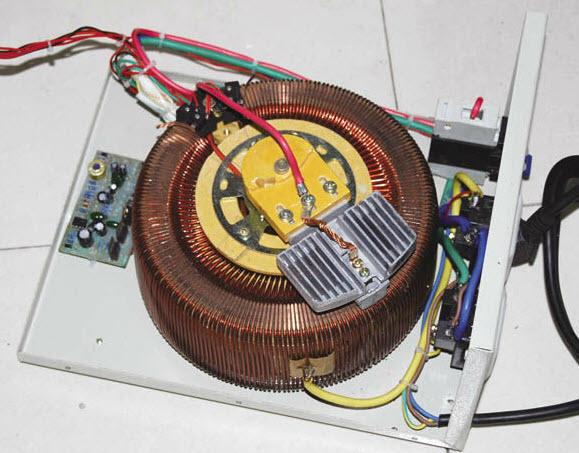 پایدارساز ولتاژ