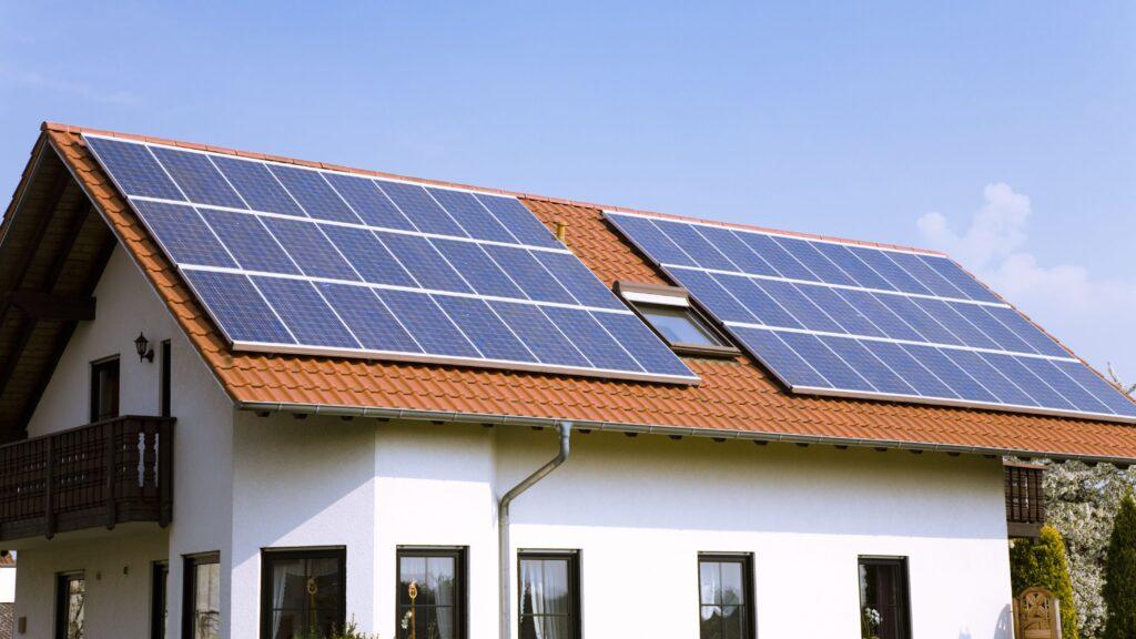پنل خورشیدی خانگی